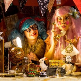 Flossy & Boo's Curiosity shop