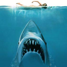 Jaws (12A) Noson Ffilm Glasur